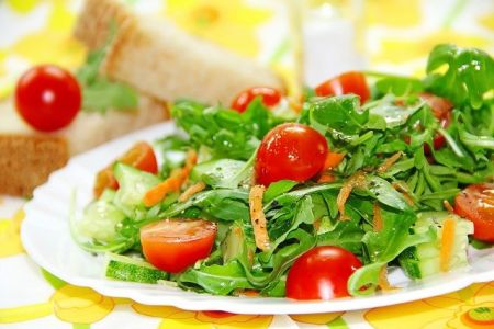 Rucola-Tomaten Salat