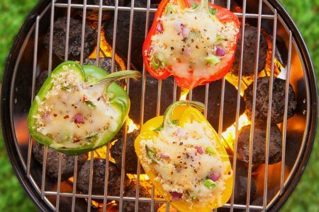 Gefüllte Paprika zum Grillen