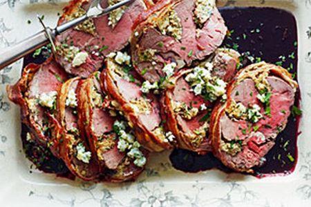 Rinderfilet gefüllt mit Gorgonzola und Portweinsauce