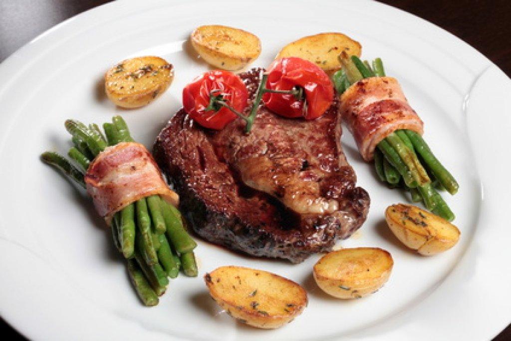 T Bone Steak Mit Speckbohnen Und Bratkartoffeln Rezept