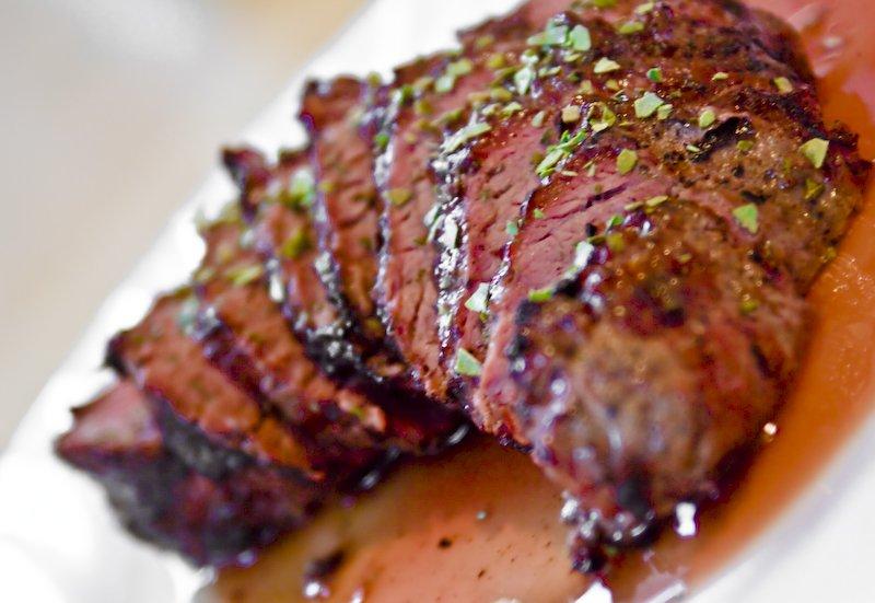 peppercorn beef filet steak rezept. Black Bedroom Furniture Sets. Home Design Ideas