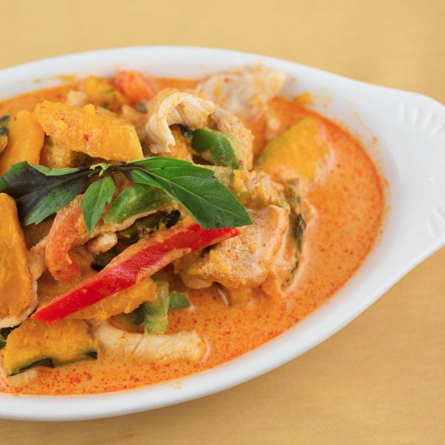 red thai curry huhn mit k rbis rezept. Black Bedroom Furniture Sets. Home Design Ideas