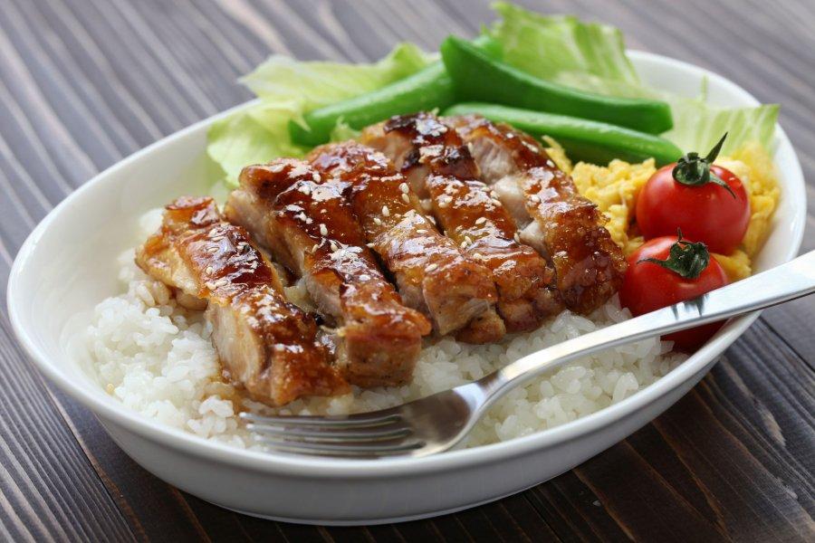 Teriyaki-Huhn mit Reis - Rezept | Kochrezepte.at