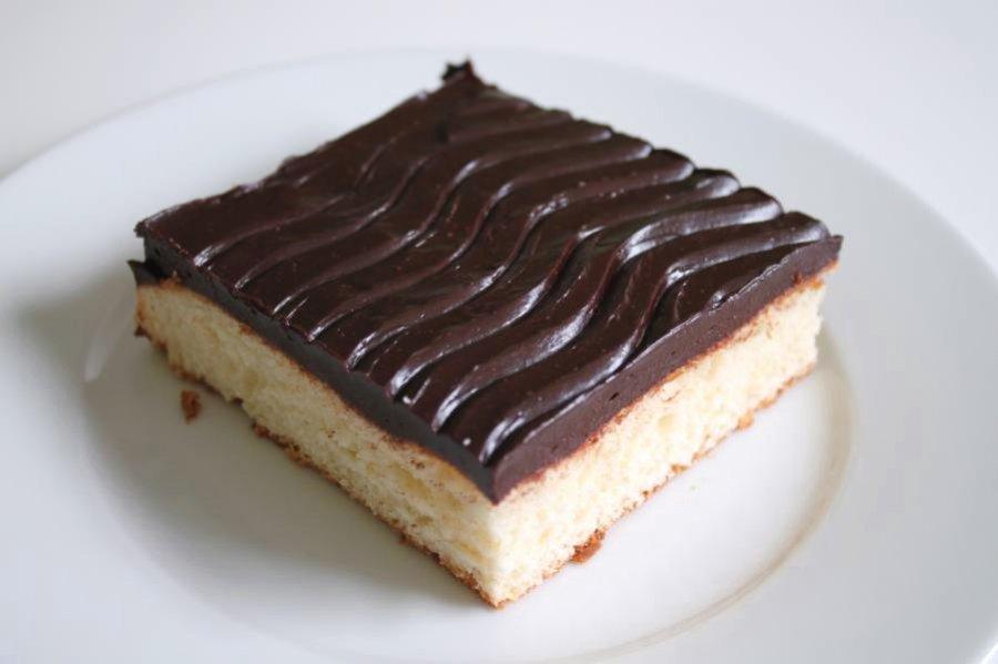 Buttermilchkuchen Mit Schokoglasur Rezept Kochrezepte At
